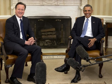 Obama und Cameron beraten in Washington über Syrien-Krise. (picture alliance / dpa / Andrew Harrer)