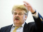 "Elmar Brok warnt vor ""Eruptionen"" an der CDU-Basis (Deutschlandradio - Bettina Straub)"