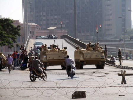 Armee-Checkpoint in Kairo (picture alliance / dpa / AHMED JOMAA)