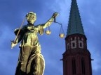 Justitia-Statue in Frankfurt am Main (AP)
