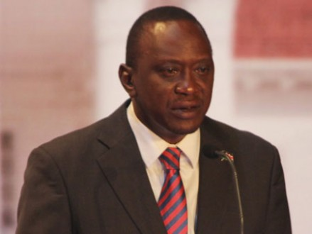 "Kenias Präsident Uhuru Kenyatta kritisiert ""korrupte Zeugen"". (picture alliance / dpa / Joan Pereruan / Nation Media Group)"